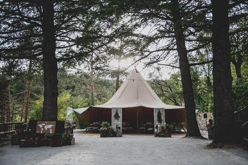 Descubre en el blog de bodas wedding ideas, la boda con estilo de Wendy y Simon