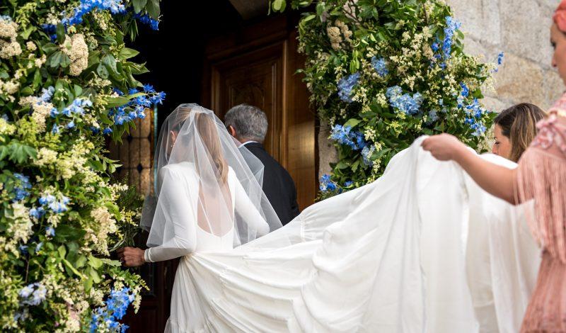 El 'sí, quiero' de Luis y Laura con doble vestido de Marcela Mansergas